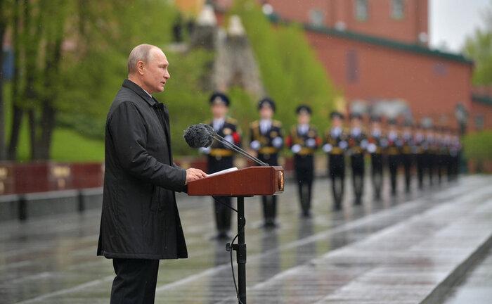 چرا پوتین درباره بازگشت ایدئولوژی نازیسم به اروپا هشدار داد؟